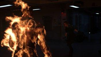 Fantastic 4 - I Fantastici Quattro: la Torcia Umana prende fuoco di fronte a Kate Mara