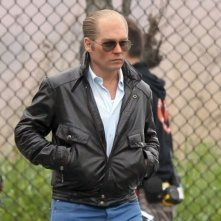 Black Mass: Johnny Depp irriconoscibile cammina sul set