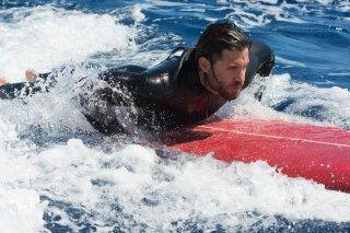Point Break: Edgar Ramirez sulla tavola da surf