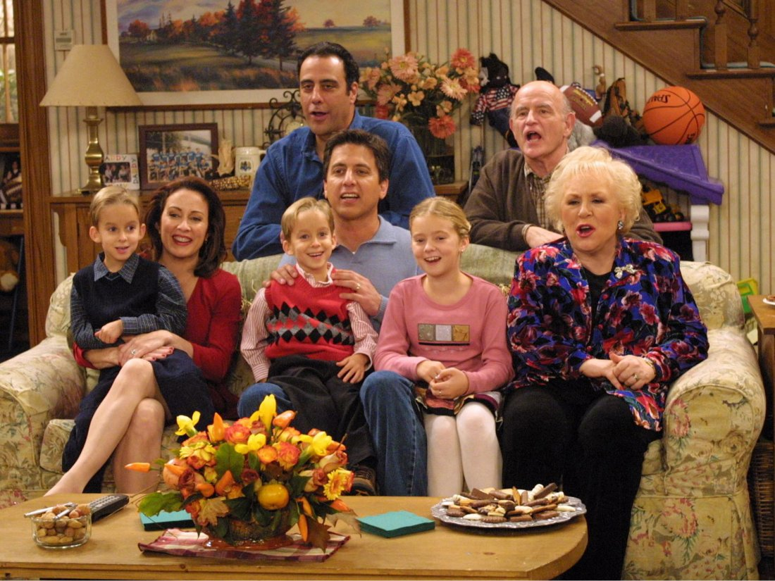 Everybody Loves Raymond Everybody Loves Raymond 26446415 2356 1768