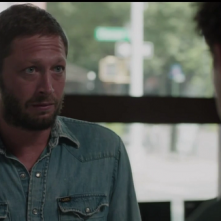 Girls: l'attore Ebon Moss-Bachrach in una scena di Home Birth