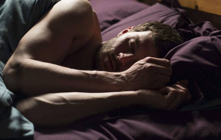 The Fall: l'attore Jamie Dornan interpreta Paul Spector alle prese con gli incubi