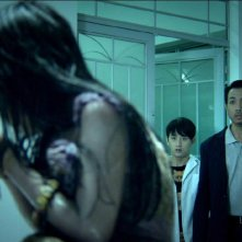 Hollow: Jayve Mai The Hiep in una scena dell'horror