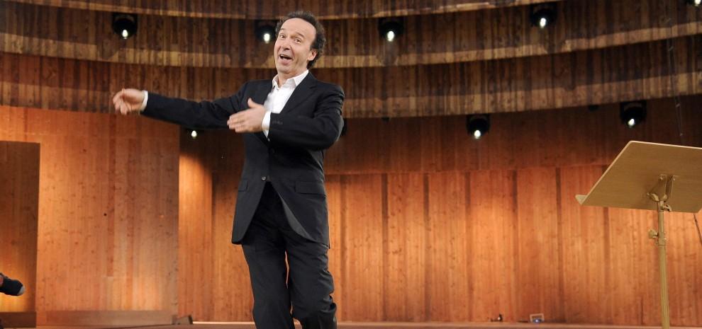 Roberto Benigni nello show sui Dieci Comandamenti