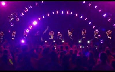 Clip 'Le Barden Bellas sul palco del campionato mondiale' - Pitch Perfect 2