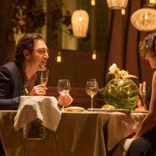 The Gunman: Javier Bardem con Jasmine Trinca in una scena