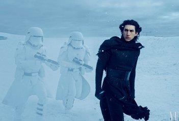 Star Wars: Episodio VII - Il Risveglio della Forza - Adam Driver sul set in un'immagine realizzata per Vanity Fair