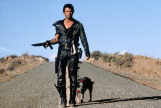 Mel Gibson in una scena di Interceptor, il guerriero della strada