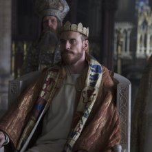 Macbeth: Michael Fassbender nei panni di Macbeth in una scena del film