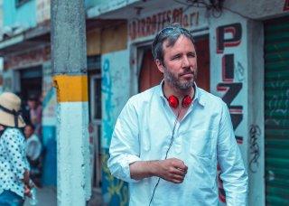 Sicario: il regista Denis Villeneuve in un momento di pausa