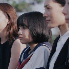 Our Little Sister: le quattro sorelle protagoniste del film in una scena