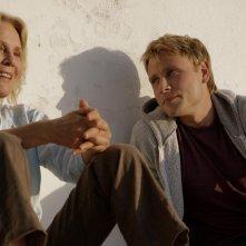 Amnesia: Marthe Keller e Max Riemelt in una scena del film di Barbet Schroeder