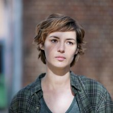 I am a Soldier: Louise Bourgoin in un primo piano tratto dal film