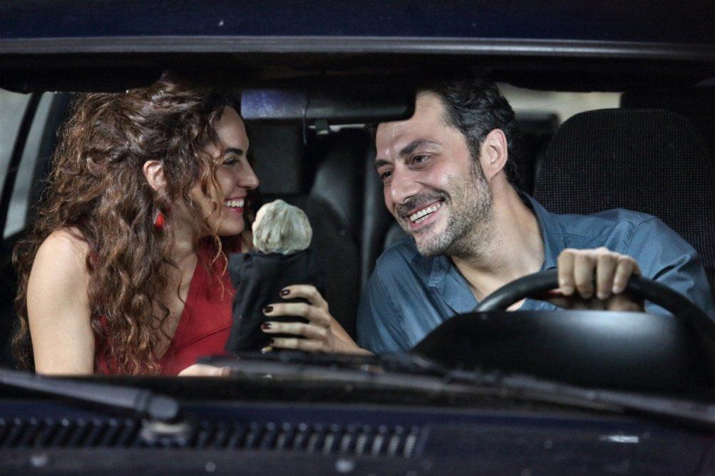 Filippo Timi con Enrica Guidi nella seconda stagione de I delitti del Bar Lume