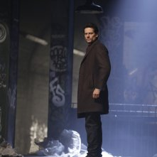 Forever: il protagonista Ioan Gruffudd in una scena dell'ultimo episodio intitolato The Last Death of Henry Morgan
