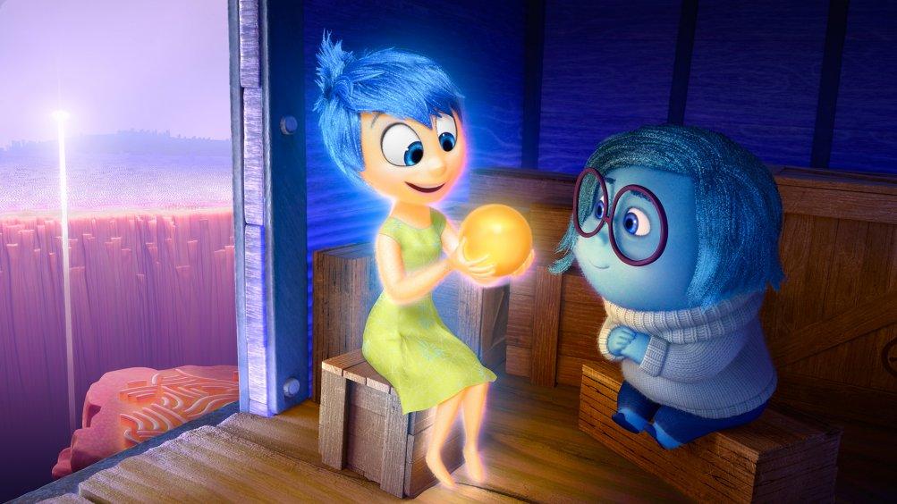 Inside Out: Tristezza e Gioia in una scena del film d'animazione