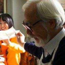 Il Regno dei Sogni e della Follia: il grande Hayao Miyazaki insieme alla regista Mami Sunada sul set del documentario