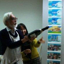 Il Regno dei Sogni e della Follia: Hayao Miyazaki con la regista Mami Sunada sul set del documentario