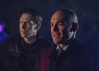 Arrow: Paul Blackthorne interpreta Quentin Lance in My Name Is Oliver Queen