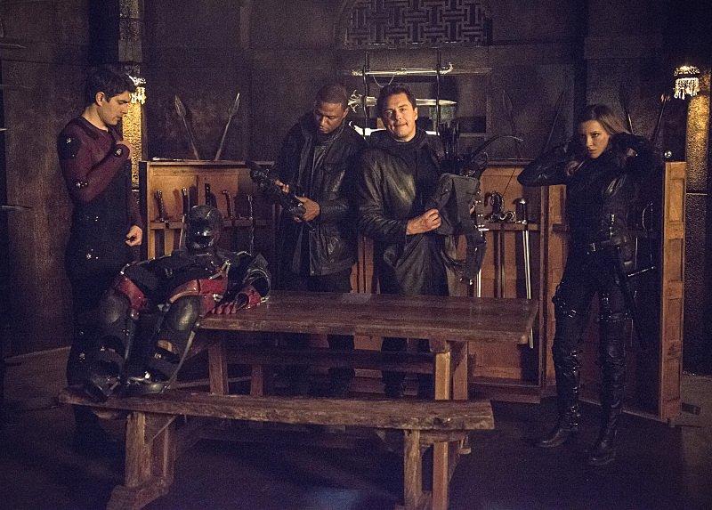 Arrow Season 3 Episode 23 Team Arrow Rescued