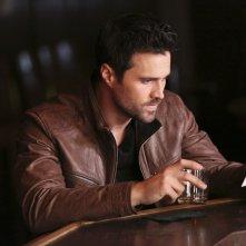 Agents of S.H.I.E.L.D.: l'attore Brett Dalton nella puntata intitolata S.O.S.