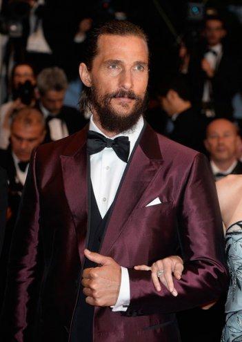 Cannes 2015: Matthew McConaughey sul red carpet della première di The Sea of Trees