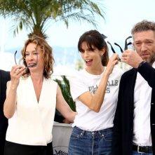 Cannes 2015 - Abdel Addala, Emmanuelle Bercot, Maiwenn e Vincent Cassel al photocall di Mon Roi