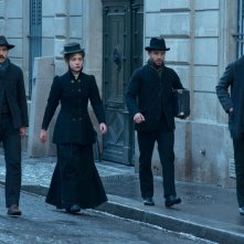 Les Anarchistes: Tahar Rahim con Adèle Exarchopoulos, Swann Arlaud e Guillaume Gouix in una scena