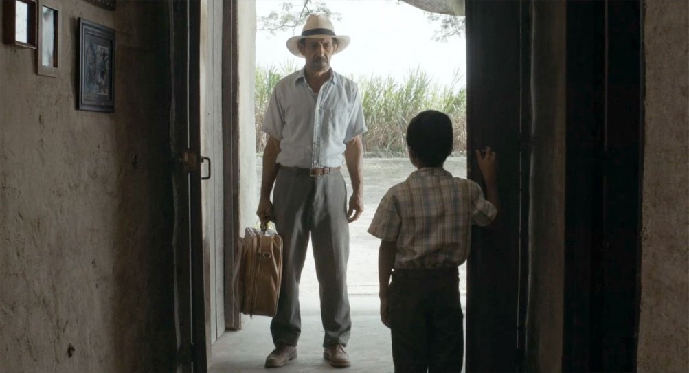 Un mondo fragile: Haimer Leal in una scena del film