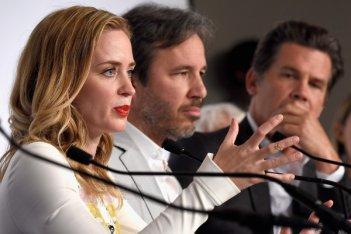 Cannes: Emily Blunt presenta Sicario in conferenza insieme al regista Denis Villeneuve e Benicio del Toro