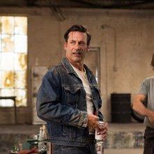 Mad Men: Jon Hamm interpreta Don Draper nel series finale Person to Person