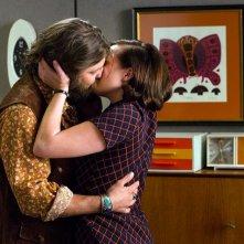 Mad Men: Jay R. Ferguson ed Elisabeth Moss nell'ultima puntata intitolata Person to Person