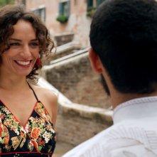 Pitza e datteri: Mehdi Meskar (di spalle) con Maud Buquet in una scena