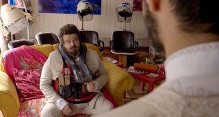 Pitza e datteri: Giuseppe Battiston nel ruolo di Bepi in un'immagine del film