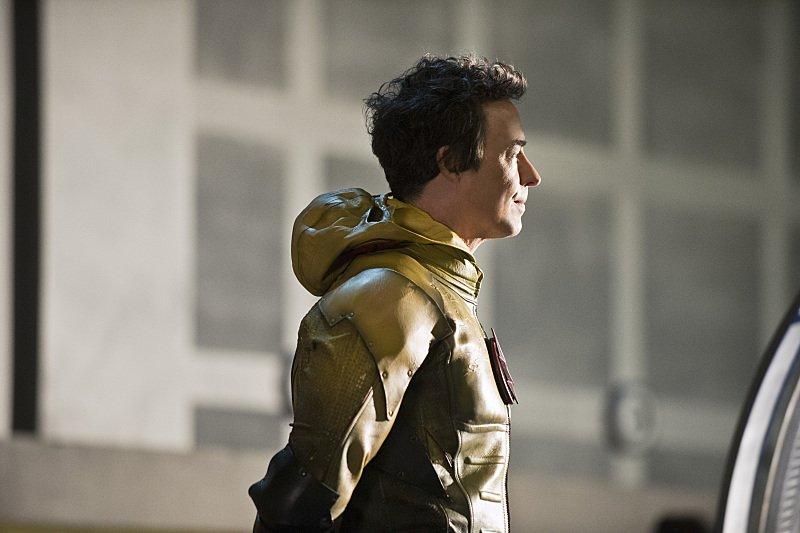 The Flash Season 1 Episode 23 Reverse Flash Profile