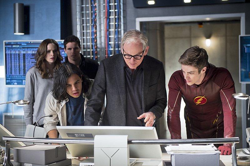 The Flash Season 1 Episode 23 Ronnie Caitlin Cisco Martin Barry