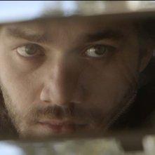 Hybris: Lorenzo Richelmy in un primo piano tratto dal film
