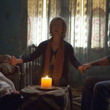 Insidious 3 - L'Inizio: seduta spiritica per Dermot Mulroney, Stefanie Scott e Lin Shaye