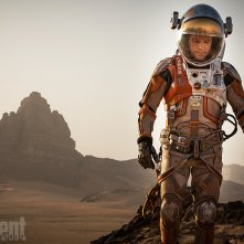 Sopravvissuto - The Martian: Matt Damon nel deserto vestito da astronauta per Entertainment Weekly