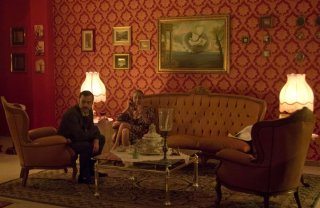 Fuori dal coro: Alessandro Schiavo con Aurora Quattrocchi in una scena del film