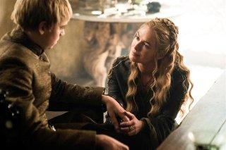 Il trono di spade: Dean-Charles Chapman e Lena Headey in una scena dell'episodio intitolato The Gift