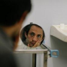 Gael García Bernal in un'immagine tratta dal film Rosewater