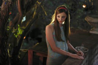 Aquarius: l'attrice Emma Dumont interpreta Emma Karn nell'episodio Everybody's Been Burned