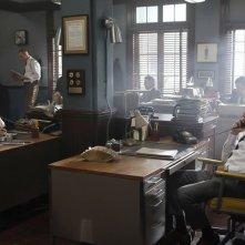 Aquarius: gli attori Grey Damon e David Duchovny nel secondo episodio della serie