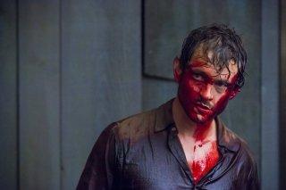 Hannibal: Hugh Dancy insaguinato in una scena della puntata intitolata Primavera