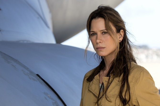The Last Ship: Rhona Mitra interpreta Rachel Scott nell'episodio Unreal city