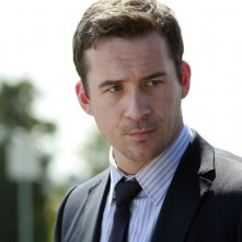 The Whispers: Barry Sloane in una scena di X Marks The Spot
