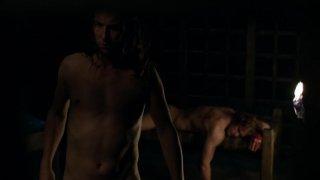 Outlander: Tobias Menzies e Sam Heughan nel season finale