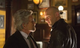 Ant-Man: scambio di sguardi tra Michael Douglas e Corey Stoll