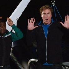 Will Ferrell e Kevin Hart in una scena del film Duri si diventa